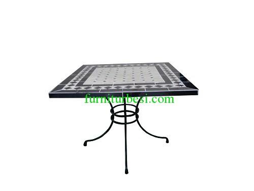 Square Table Ceramics 1